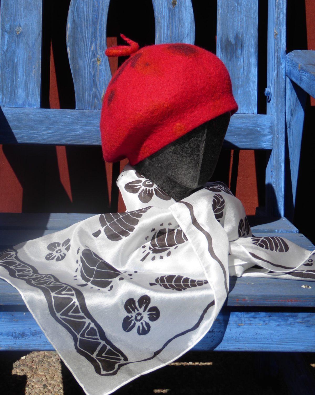 Handmålad sidenhalsduk